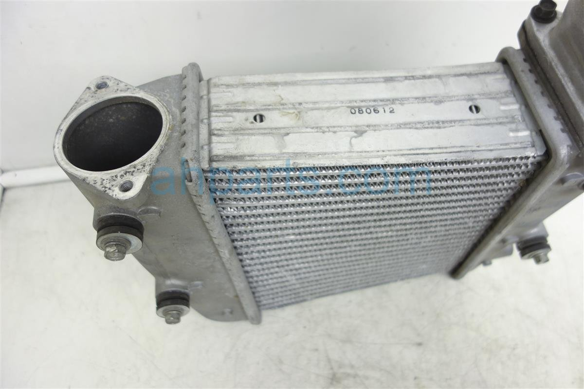 2009 Nissan GT R Driver Intercooler 14461 JF01A Replacement