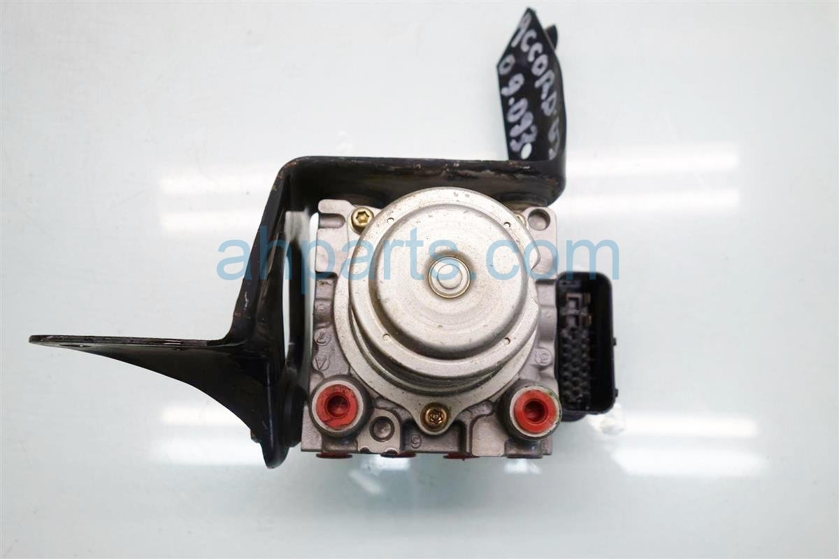 2003 Honda Accord ABS VSA anti lock brake ABS PUMP MODULATOR 57110 SDA A01 57110SDAA01 Replacement