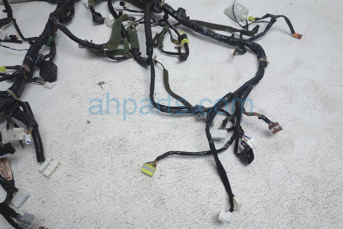 2006 Nissan Quest Main Dash Wire Harness, S, At 24010 ZM00A Replacement ...
