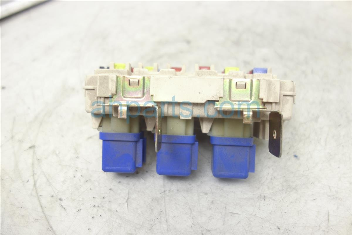 2003 Nissan Frontier Cabin Fuse Box 33l Crew Cab 24350 7z400 Replacement