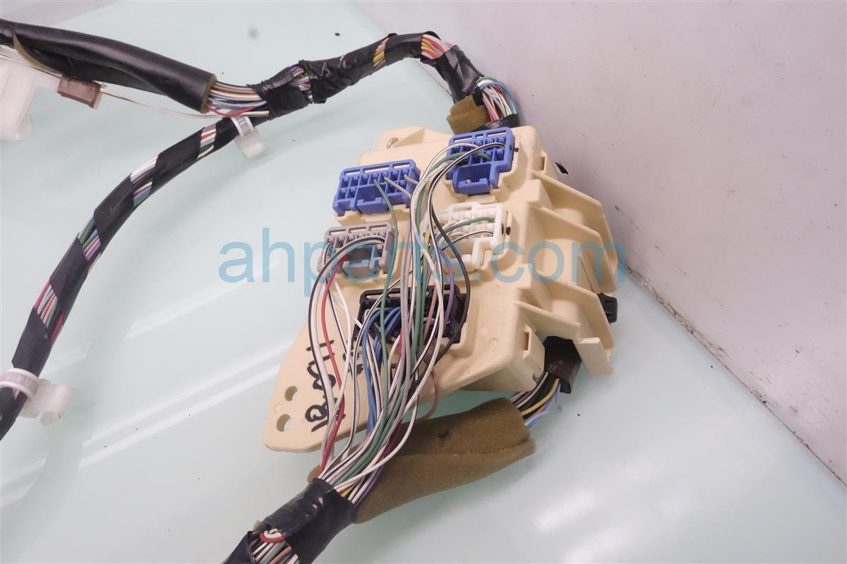 2005 Toyota Highlander Wiring Harness Trusted Diagrams Fuse Box Diagram Dashboard Wire Base 82141 48a50