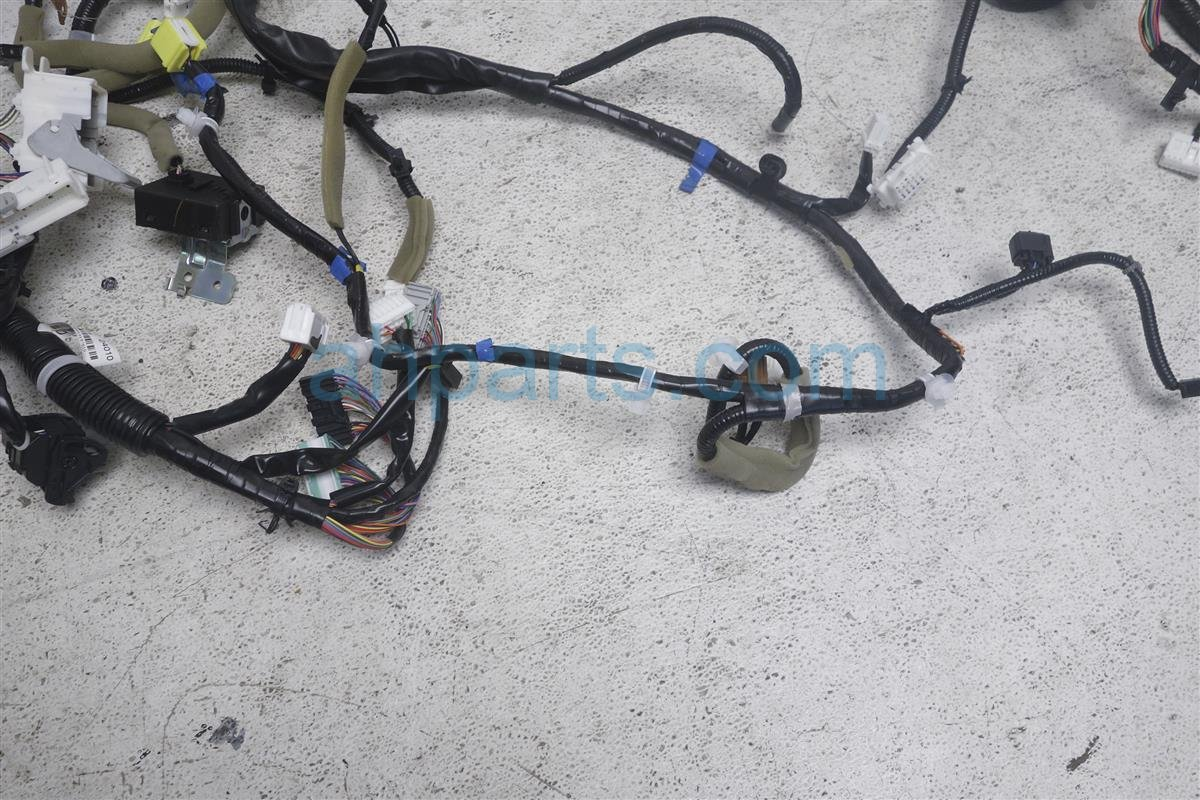 2011 nissan 370z dash wire harness 24010 1th0b replacement