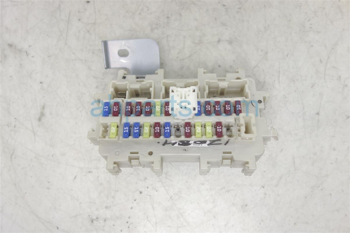 2011 Nissan 370z Cabin Fuse Box 24350 1ux0a Location Replacement