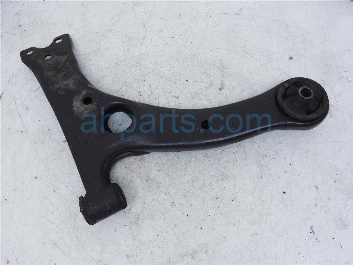 2009 Scion Tc Scion Front Passenger Lower Control Arm   4806821020 Replacement