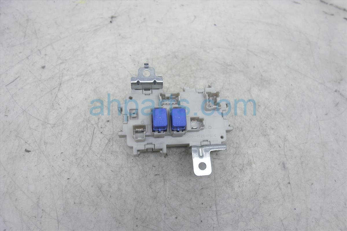 ... 2006 Infiniti M35 In dash Fuse Block/junction Block 24350 EH10A  Replacement ...