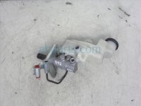 $40 Toyota Brake Master Cylinder 2.5L Vin F AT