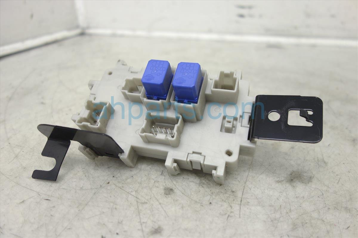 ... 2007 Nissan Maxima Cabin Fuse Box 24350 ZK30A Replacement ...