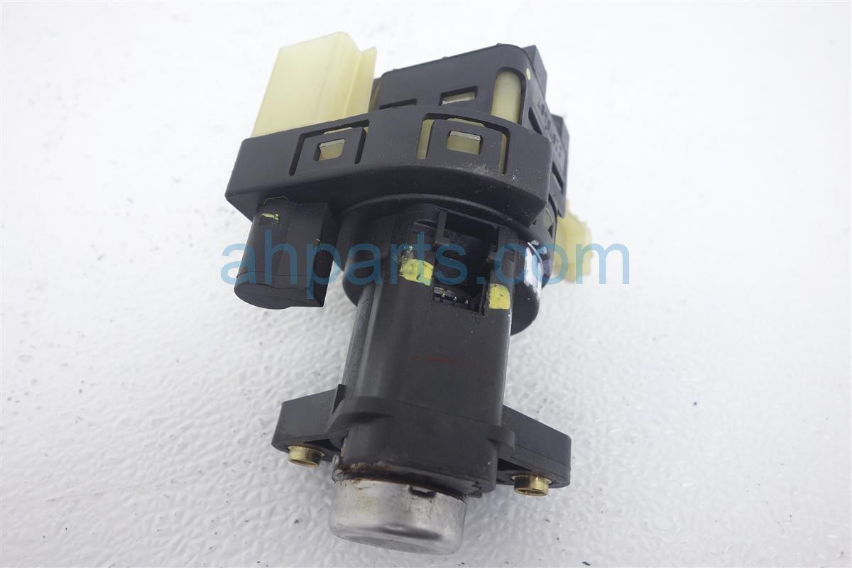 2004 Chevy Impala Column Ignition Switch W O Keys 3 4l At 22670487