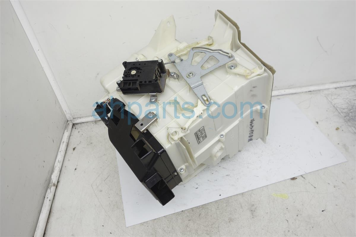 2002 Nissan Maxima Heater Core Assy 27110 4Y900 Replacement