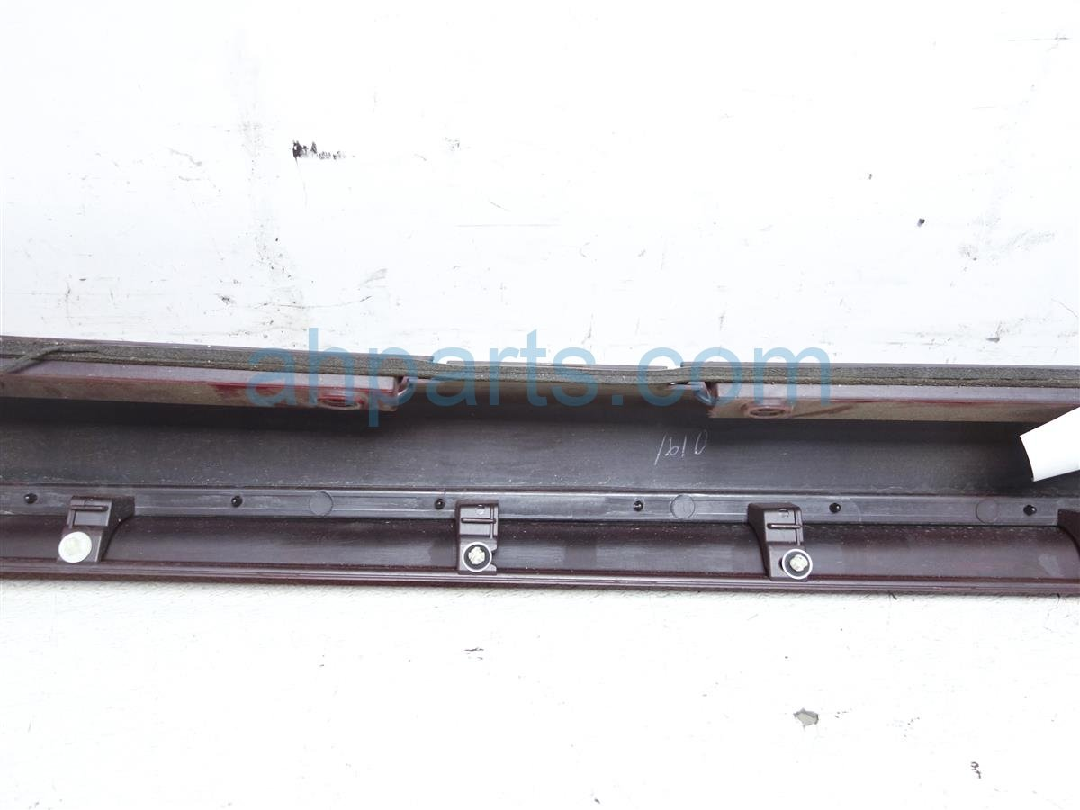 2006 Lexus Gs300 Trim Passenger Side Skirt / Rocker Molding Red 61401 30270 Replacement