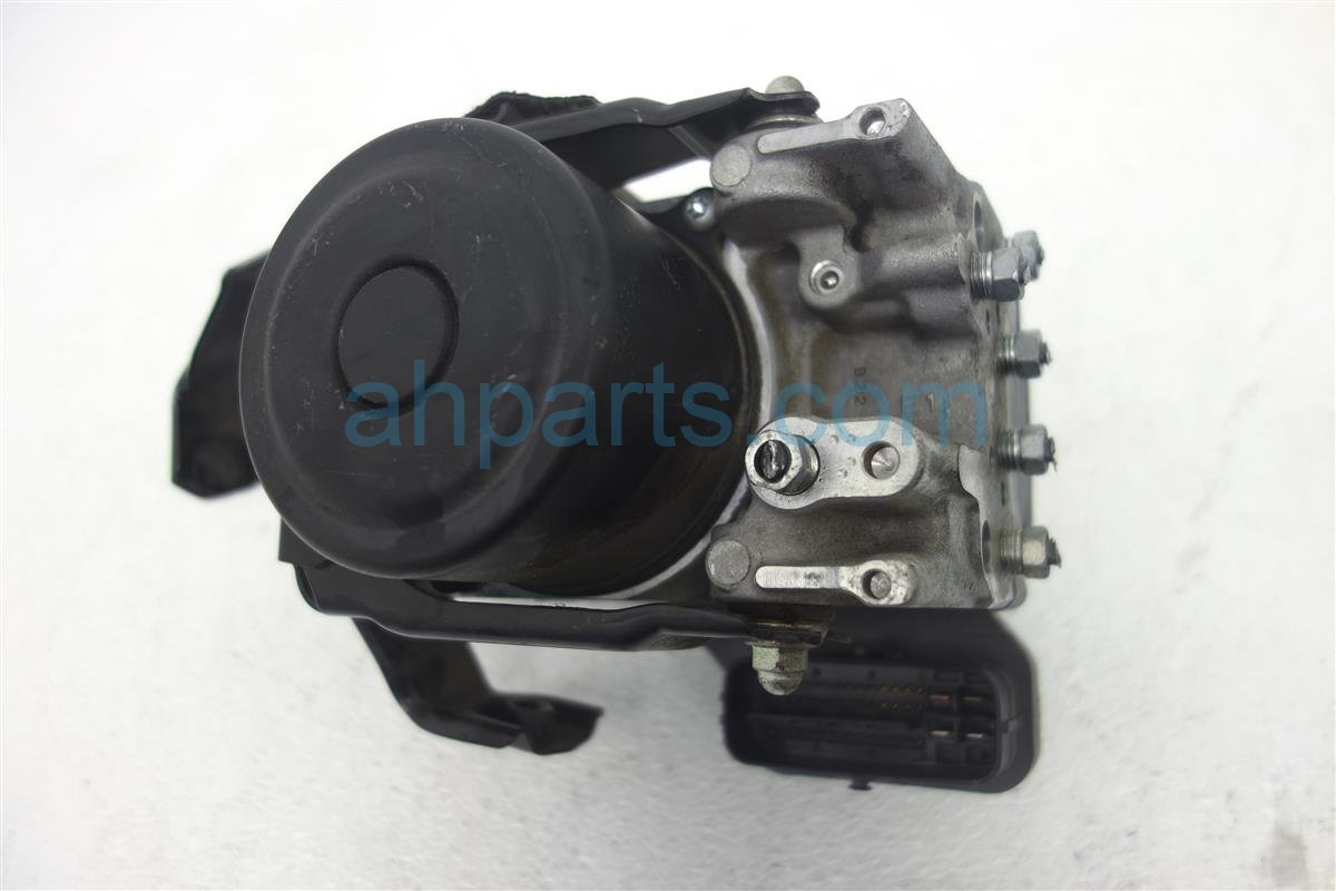 2006 Lexus Gs300 (anti Lock Brake) Abs/vsa Pump/modulator 44540 Replacement