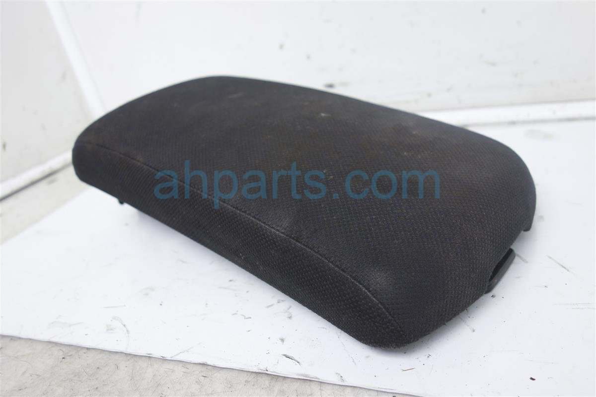 2010 Nissan Rogue Console Box Cover  black  cloth 96920 JM00A Replacement