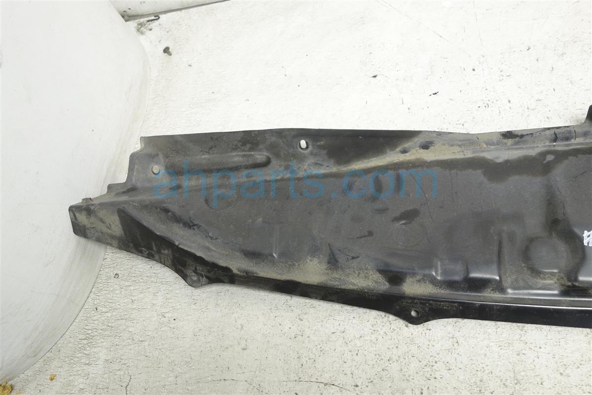 2010 Nissan Rogue Windshield Cover Cowl Extension 66318 JM02A Replacement
