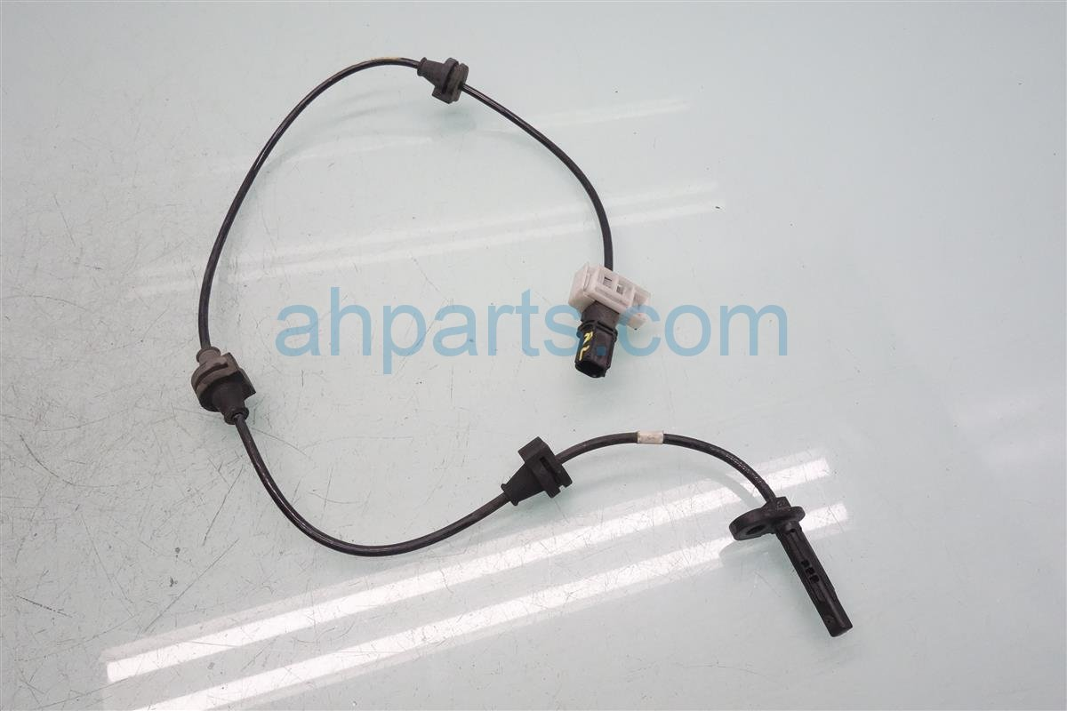2015 Acura MDX Rear Driver Knuckle Speed Sensor 57475 TZ5 A02 Replacement