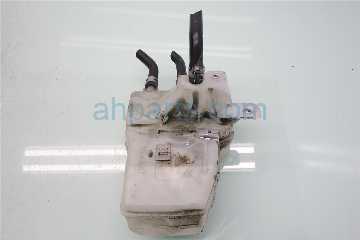 2007 Toyota Prius Brake Master Reservoir 47220 47030 Replacement
