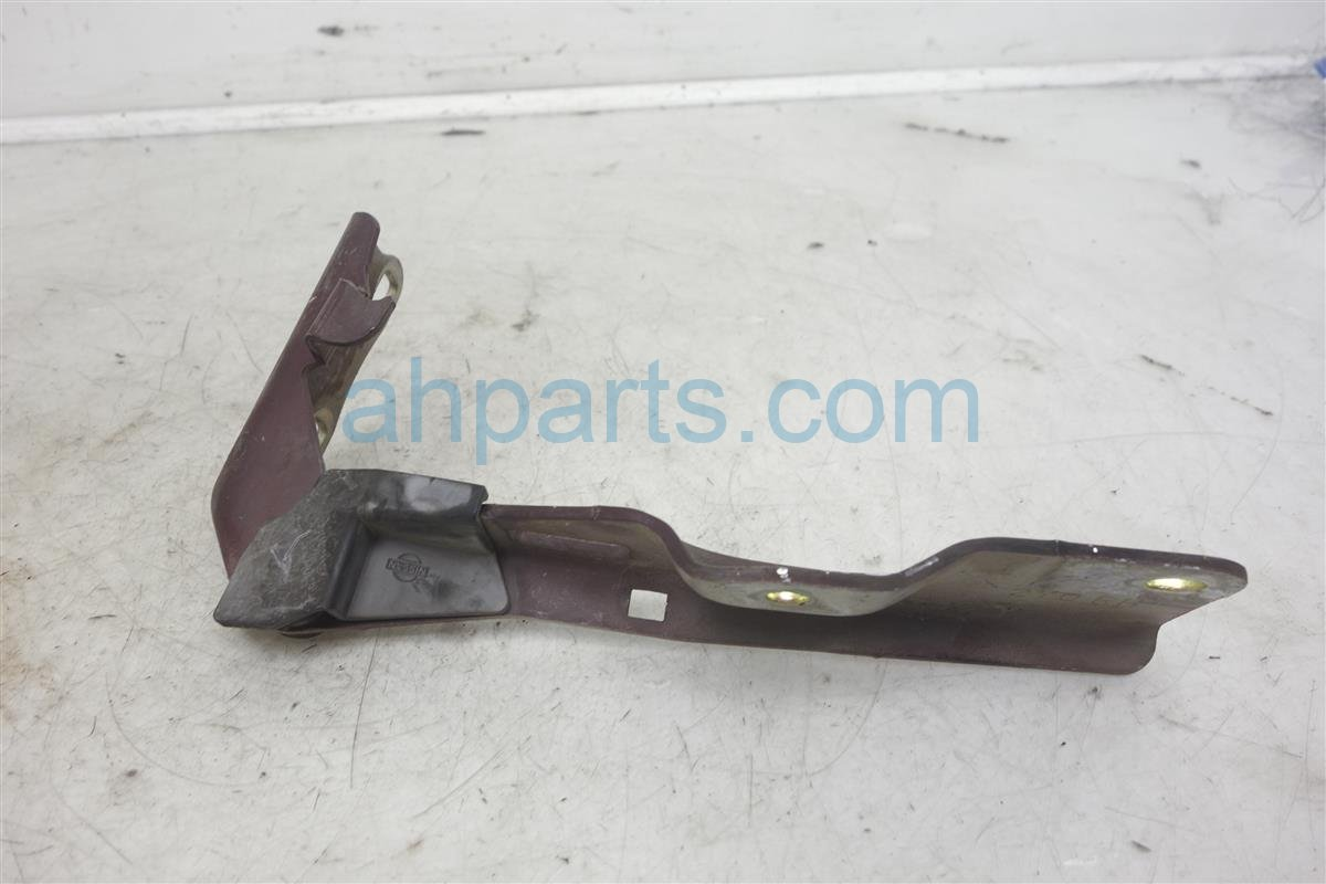 2002 Nissan Maxima Passenger Hood Hinge 65400 2Y00A Replacement