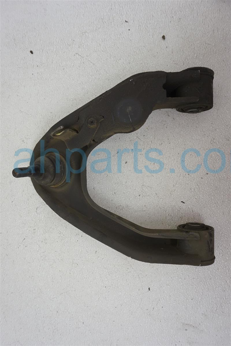 2004 Nissan Frontier Front Passenger Upper Control Arm 54524 8B550 Replacement