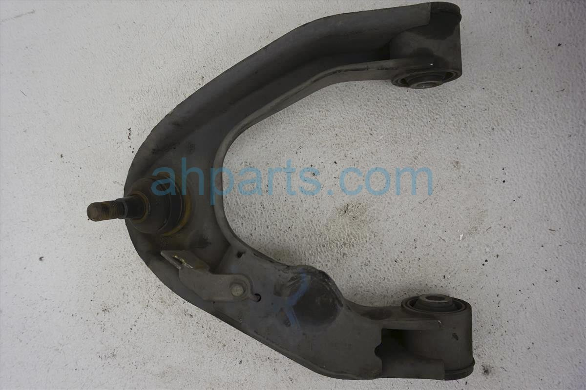 2004 Nissan Frontier Front Driver Upper Control Arm 54525 8B550 Replacement