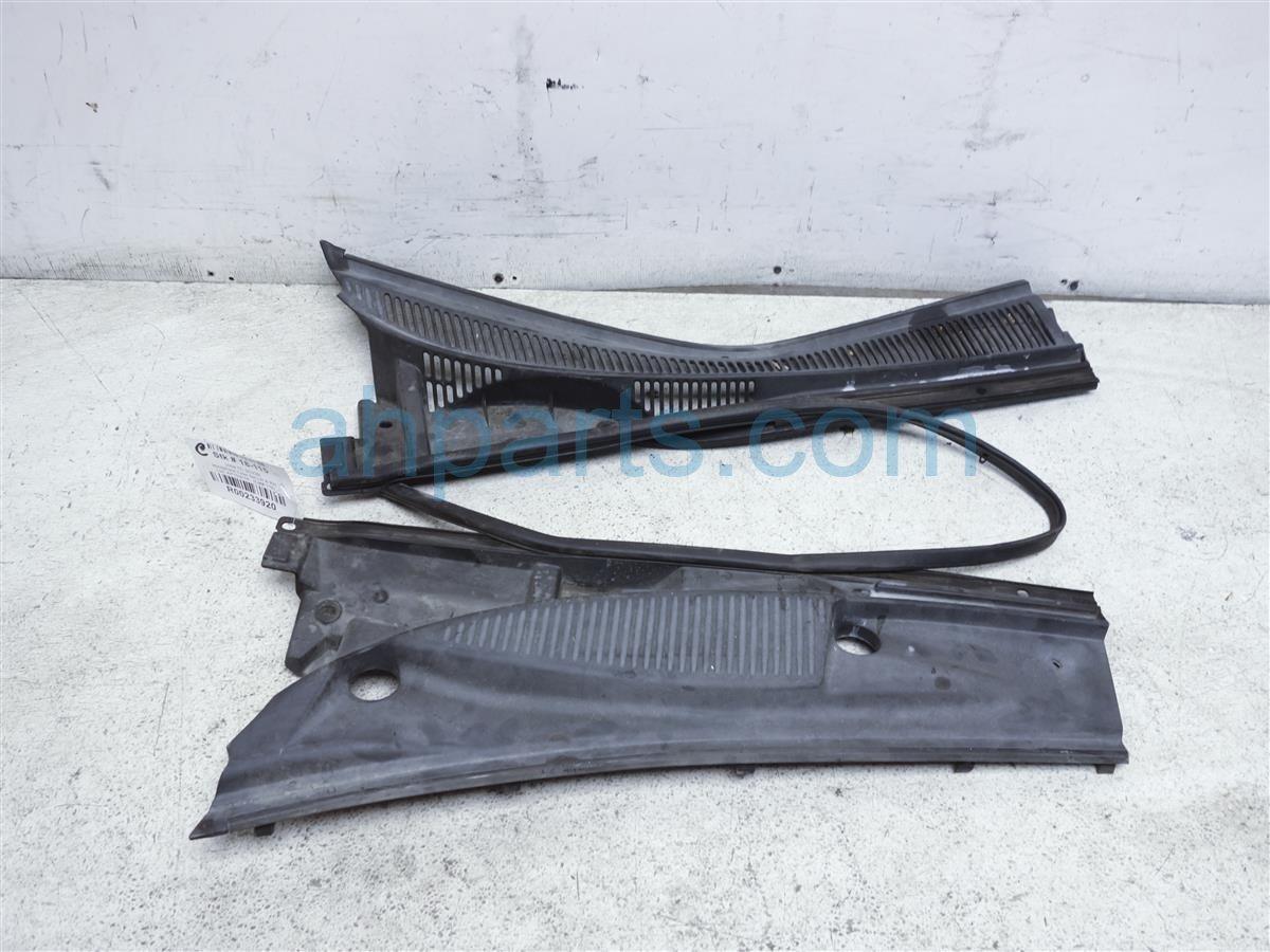 2009 Scion Tc Scion Cover Windshield Cowl Set Driver & Passenger 5570821030 Replacement