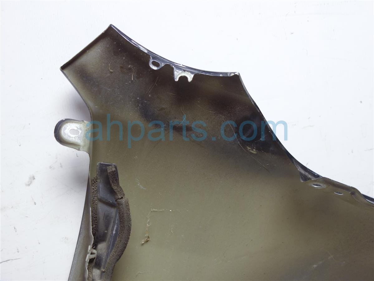 2004 Mazda Mazda 6 Front Driver Fender Has Dent Towards Nose GK2A 52 211B Replacement