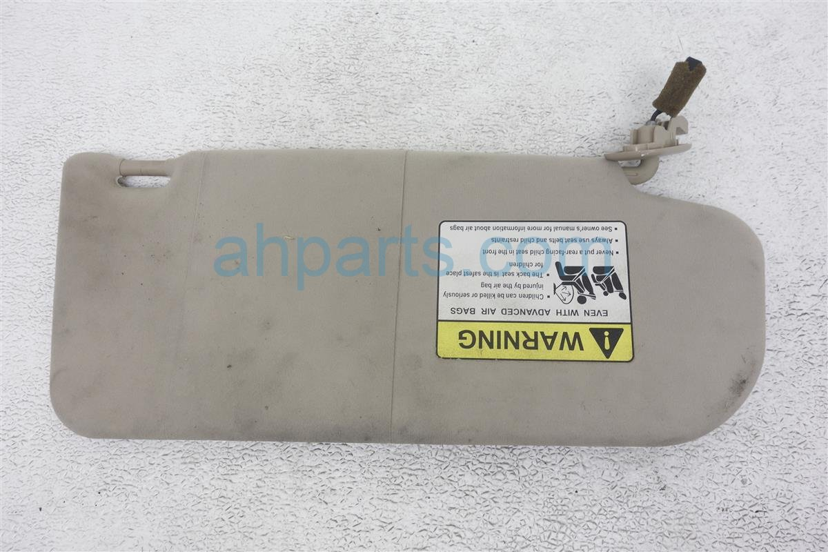 2004 Mazda Mazda 6 Driver Sun Visor Tan Needs Clean GK2E 69 320E 77 Replacement