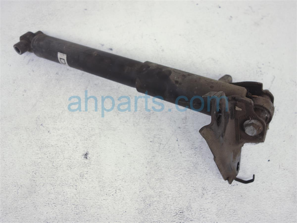 2004 Mazda Mazda 6 Spring / Absorber Rear Driver Strut Shock Only GK2A 28 700D Replacement