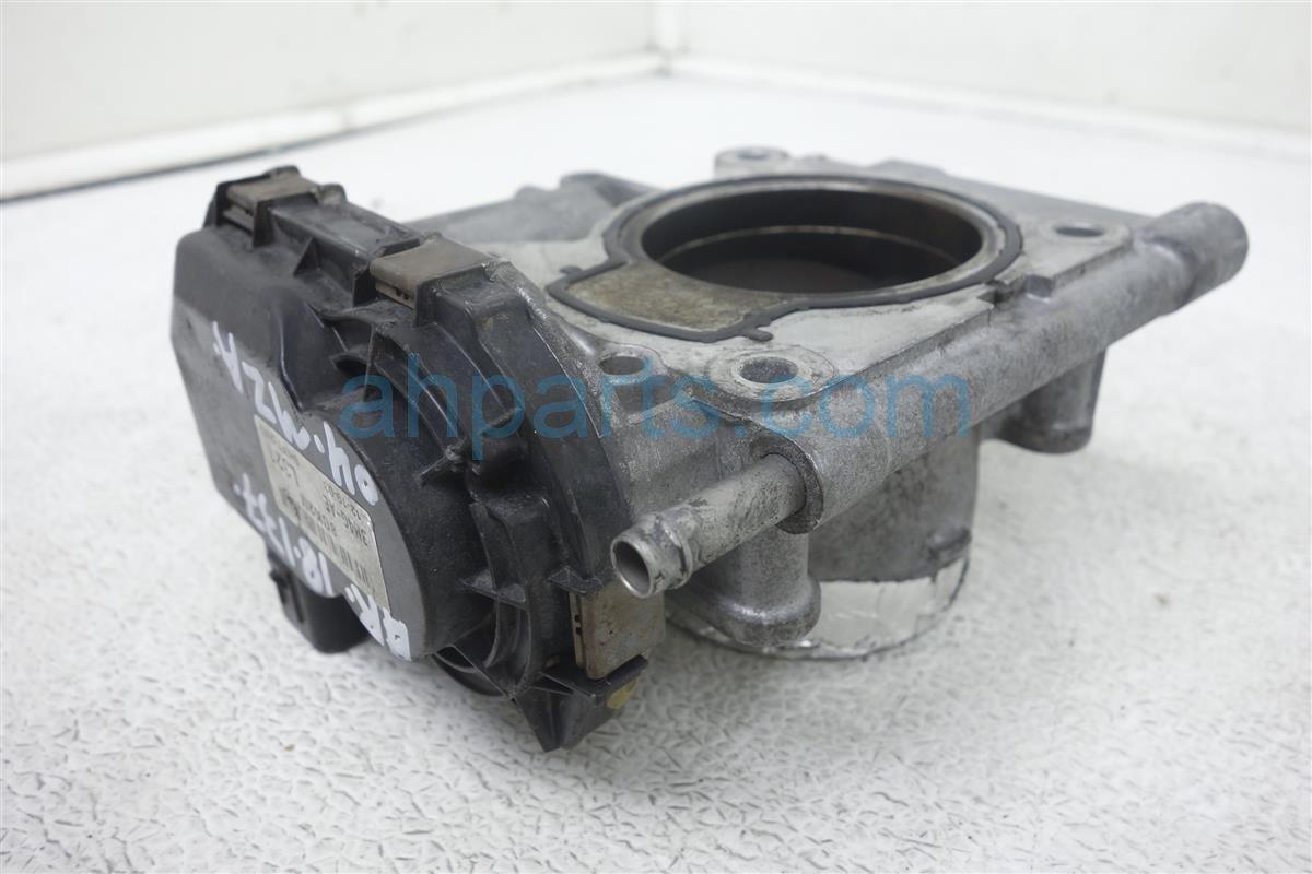 2004 Mazda Mazda 6 Throttle Body, 2.3l, At L321 13 640G Replacement