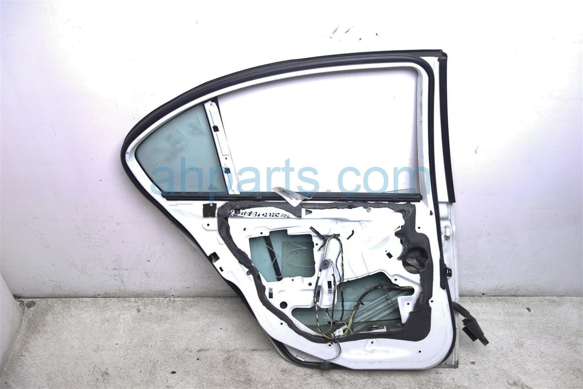 2002 BMW 325i Rear Driver Door   Shell Only White 41 52 7 034 155 Replacement