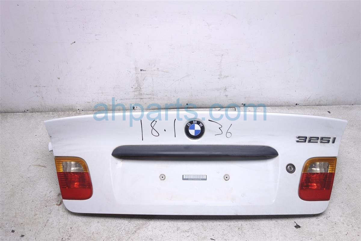 2002 BMW 325i Deck Lid/rear Trunk White 41 62 7 003 314 Replacement