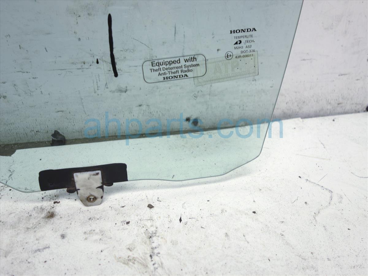 2000 Honda Accord Front Driver Door Glass Window   73350 S82 A01 Replacement