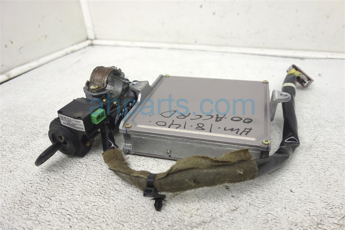2000 Honda Accord Ecu Control Module / Engine Computer + Ignition & Key 37820 PAA 307 Replacement