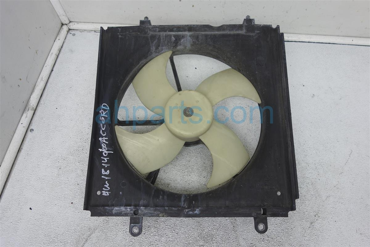 2000 Honda Accord Cooling Valeo Radiator Fan Assembly   Check 19015 PAA A02 Replacement