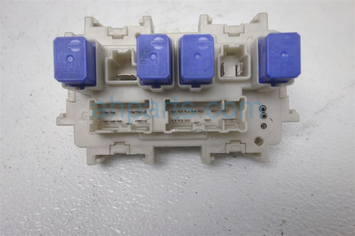 2011 Infiniti G25 Cabin Fuse Box, 2.5l 24350 1NF0B Replacement