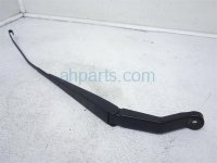 $10 Honda RIGHT WINDSHIELD WIPER ARM, HYBRID