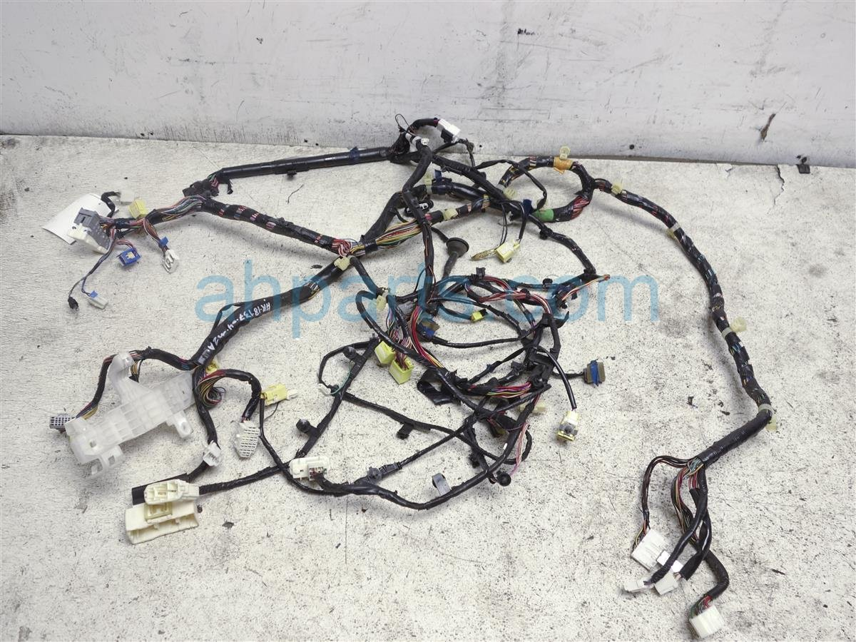 2004 mazda mazda 6 dashboard wiring harness gm6h 67 040d. Black Bedroom Furniture Sets. Home Design Ideas