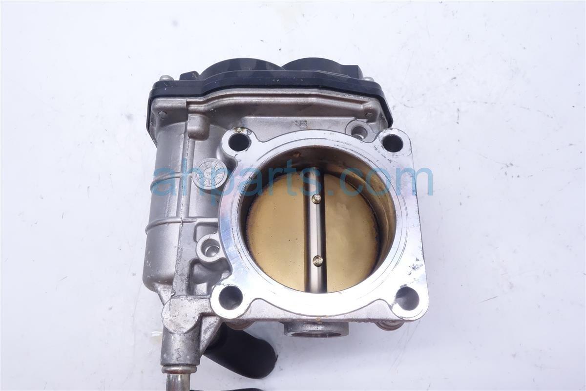 2015 Rogue Throttle Body   16119 JA00B Replacement