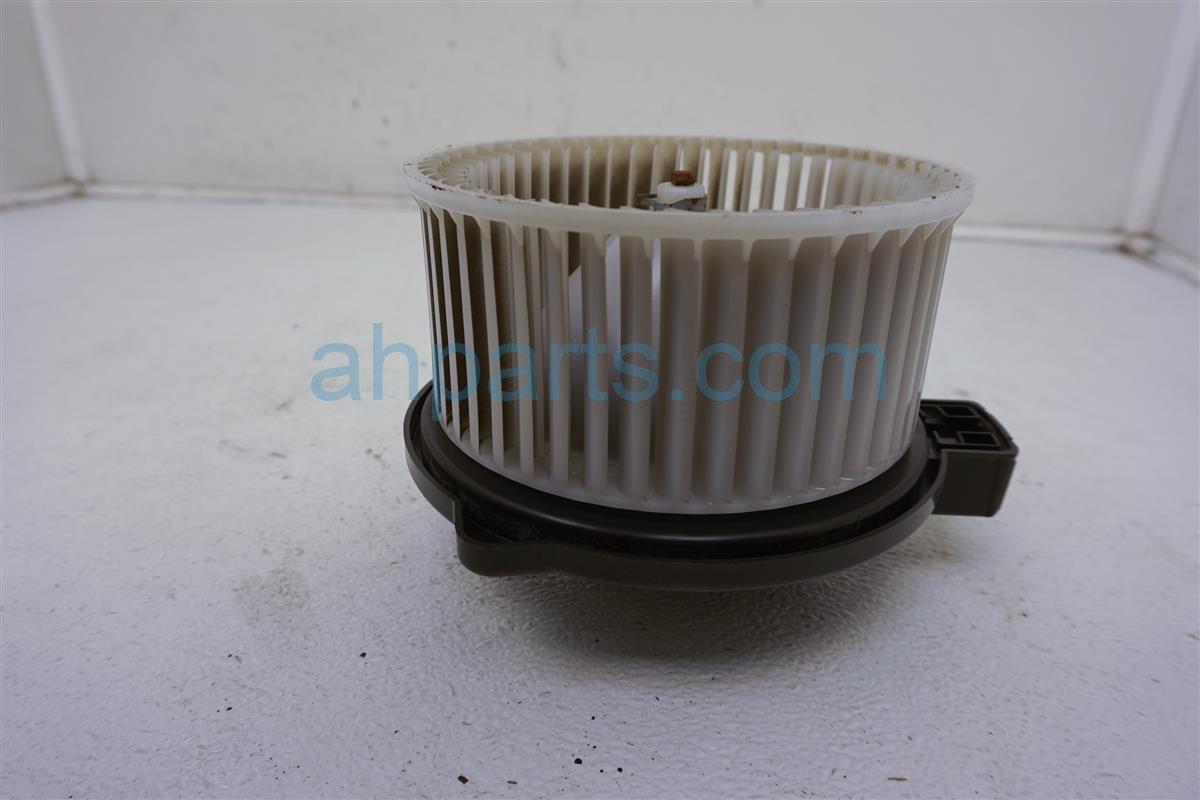 2014 Mazda Mazda 3 Air Fan/heater Blower Motor   KD45 61 B10 Replacement