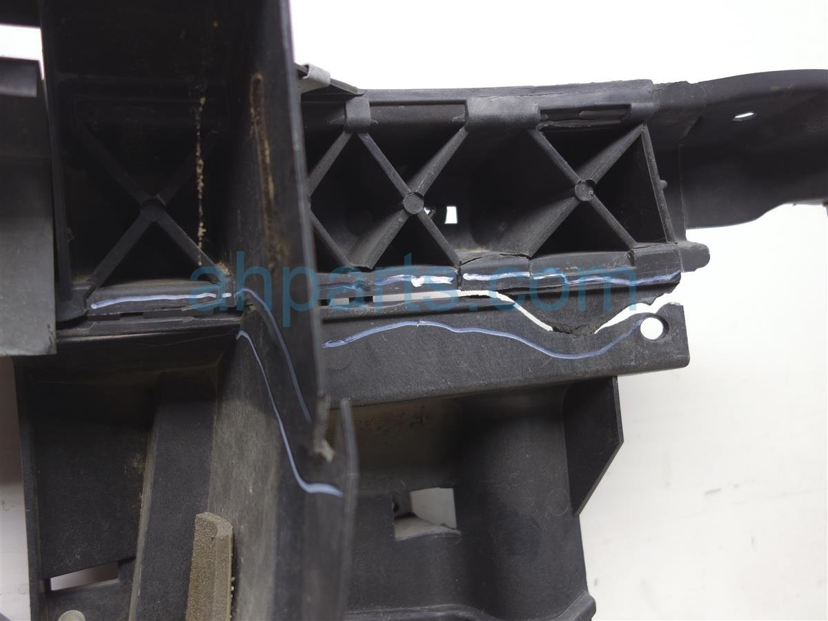 2009 Nissan Titan Core Radiator Support Assembly  cracked 62500 7S026 Replacement