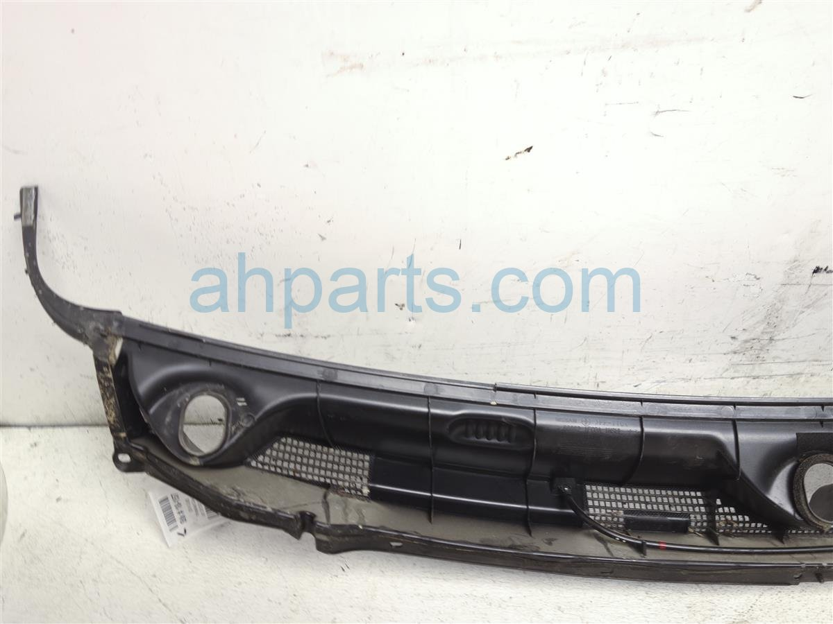 2014 Nissan Cube Windshield Cowl Cover 66862 1FC0A Replacement