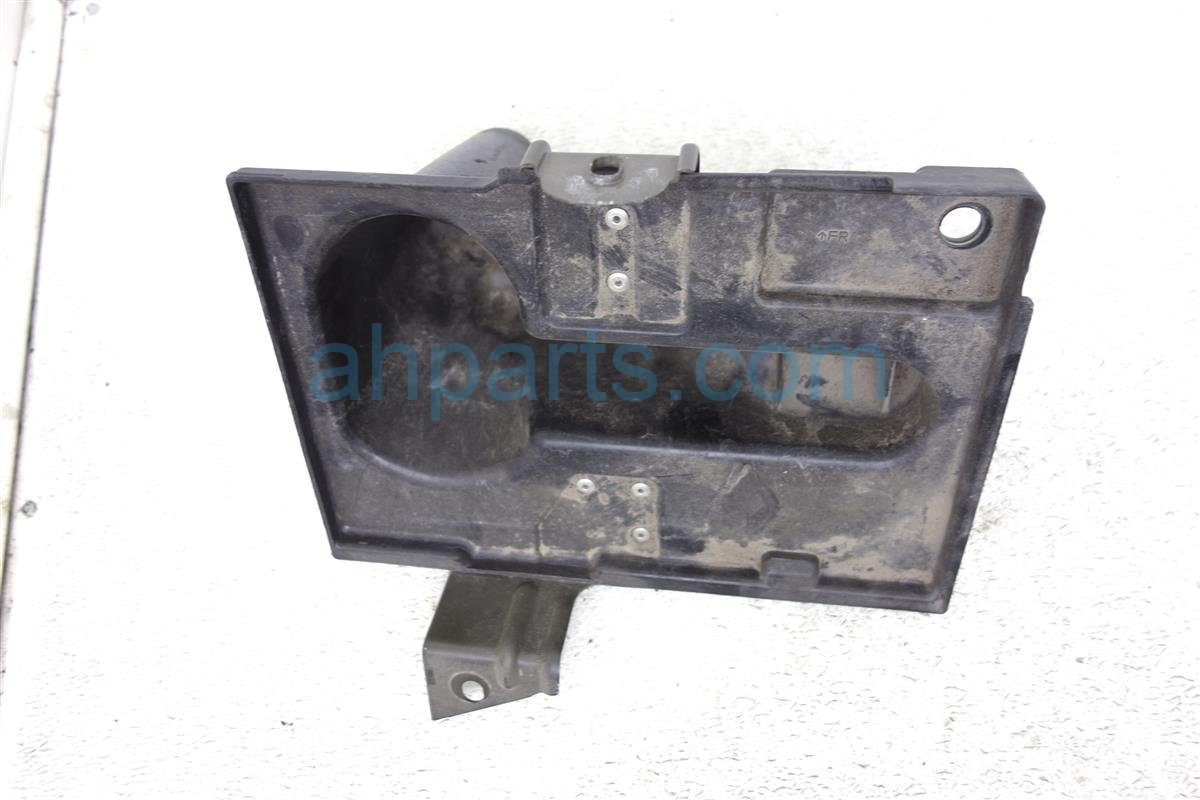 2006 Infiniti M35 Battery Tray 64866 EH100 Replacement