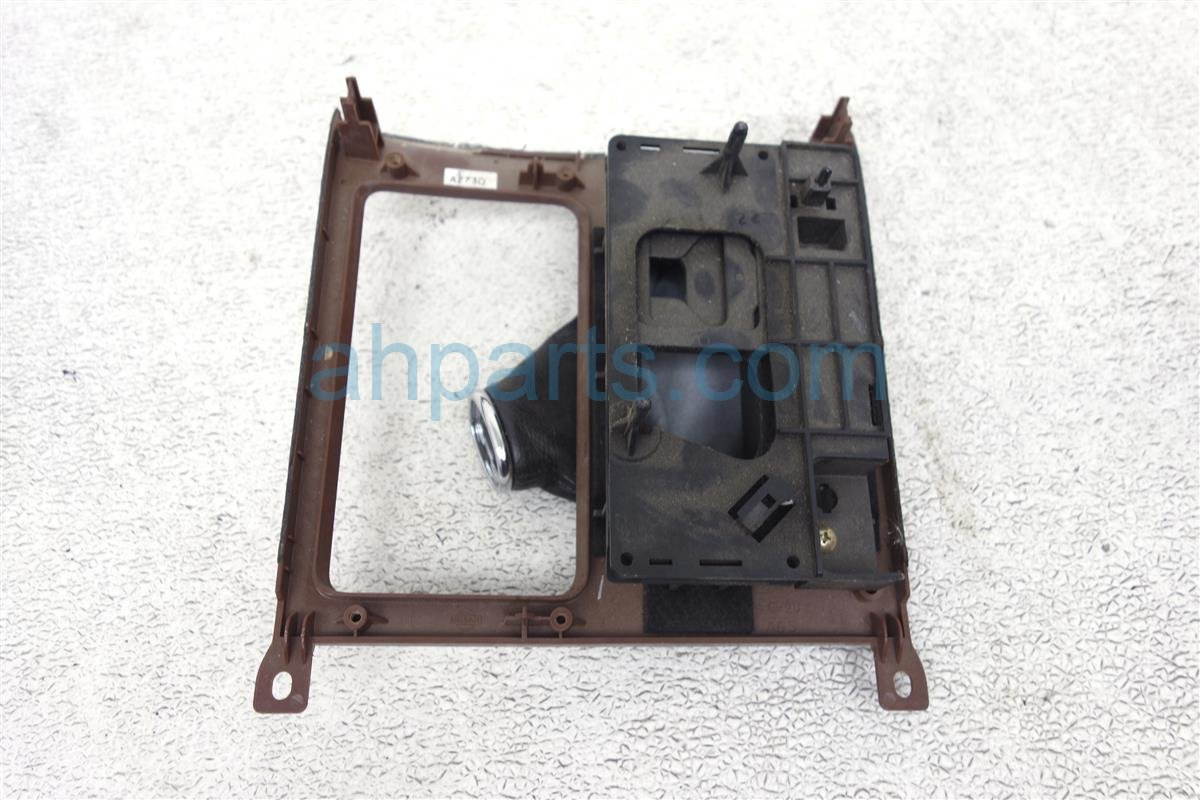 2006 Infiniti M35 Shift Bezel, Wood Grain, M35 96940 EH101 Replacement