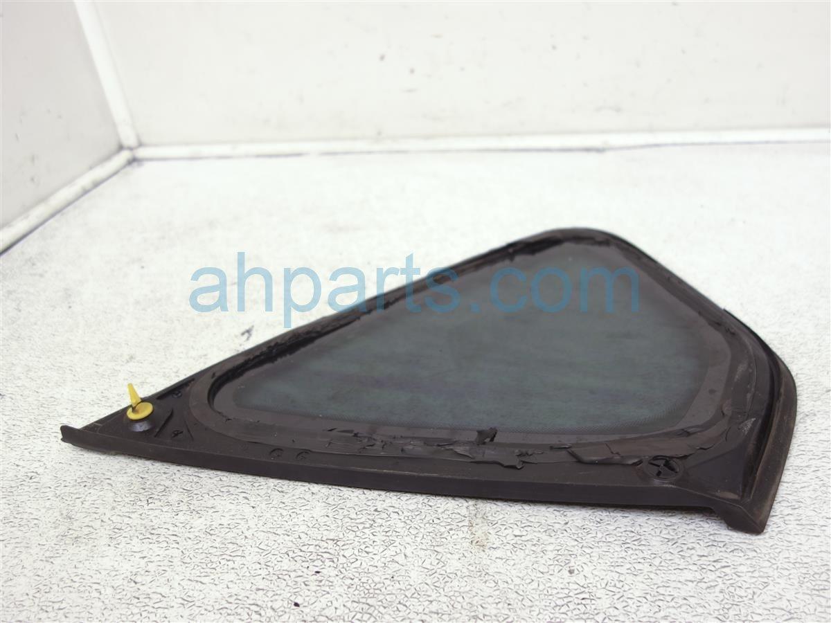 2006 Infiniti M35 Window / Passenger Quarter Glass 76830 EG000 Replacement