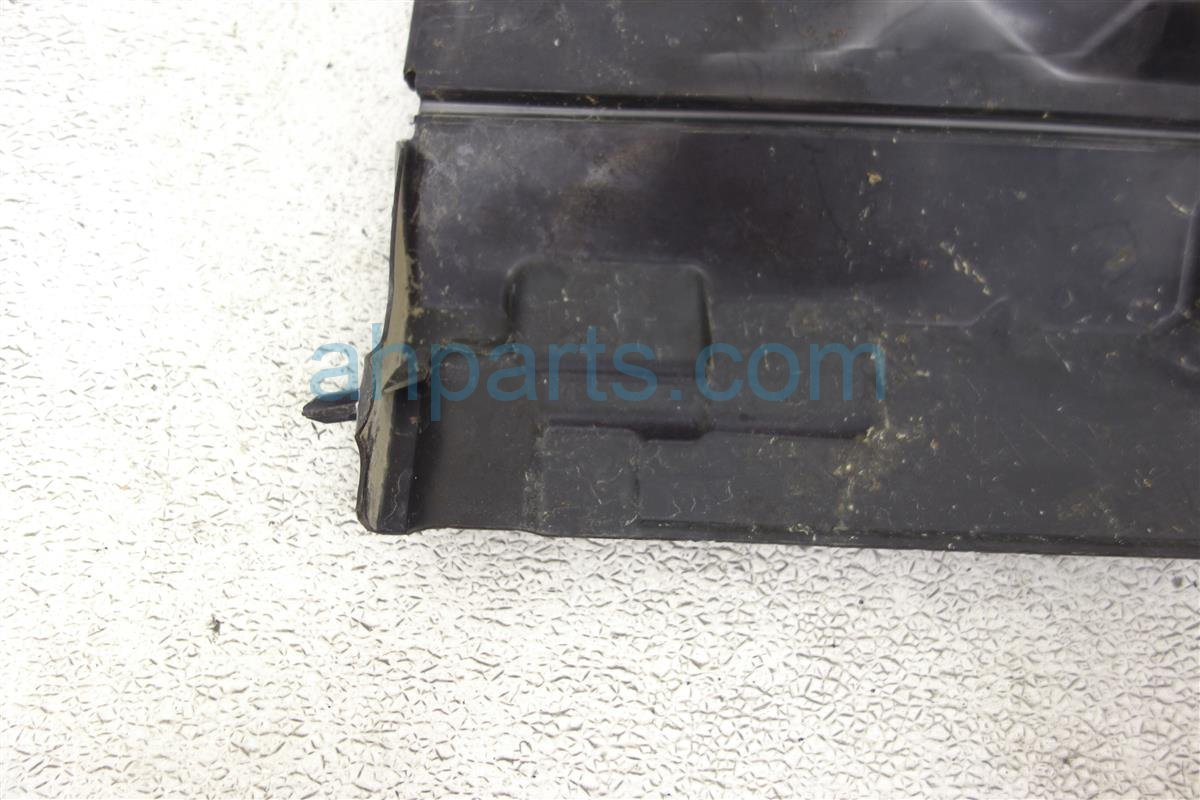 2014 Nissan Cube Front Passenger Air Guide 62822 1FC0A Replacement