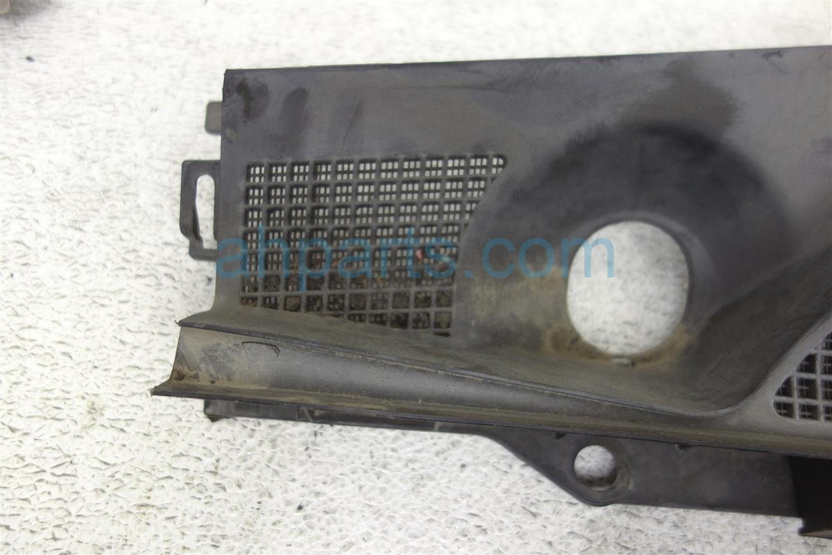 2006 Infiniti M35 Windshield Driver Cowl And Brake Master Cover 66863 EH100 Replacement