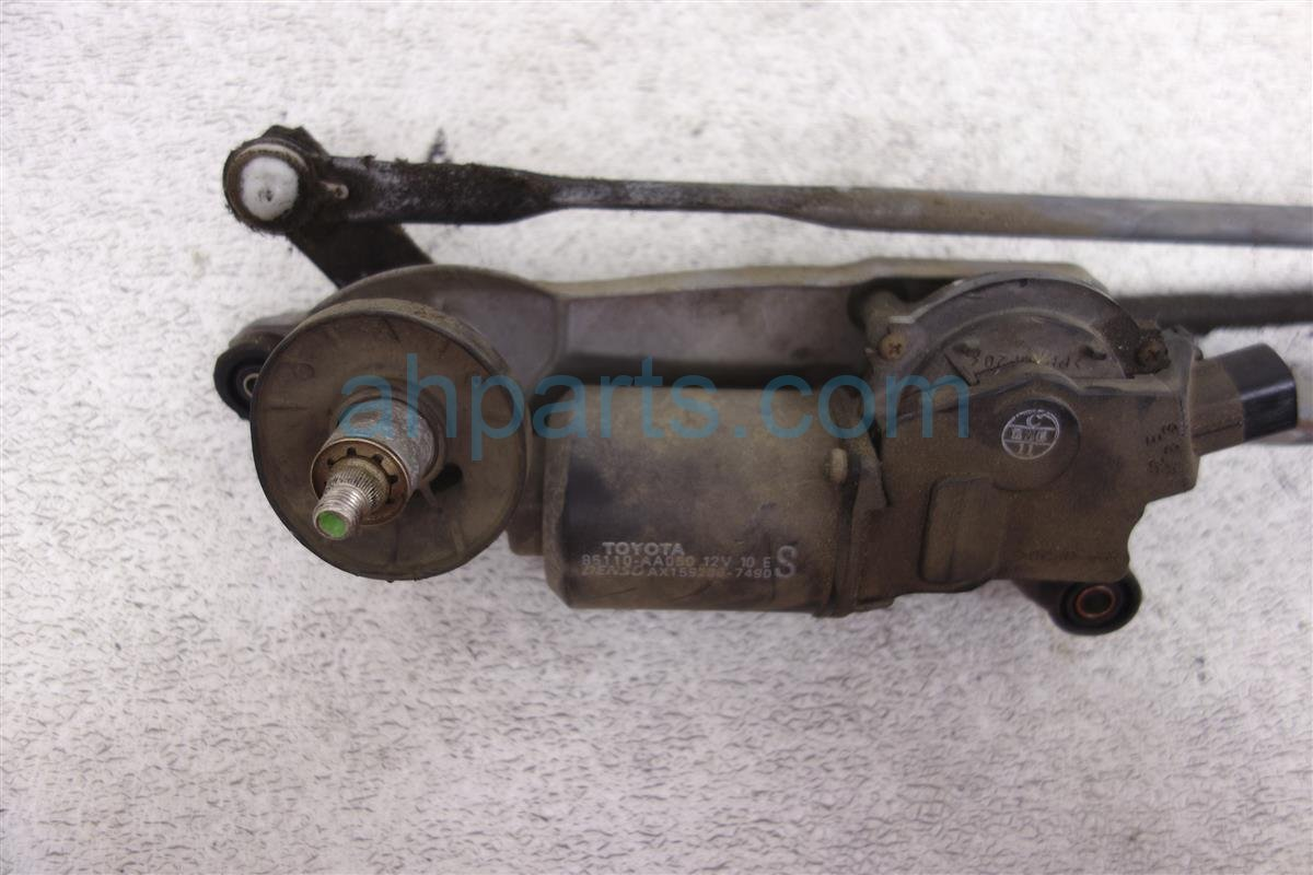 2004 Toyota Solara Wiper Link And Motor 85110 AA050 Replacement