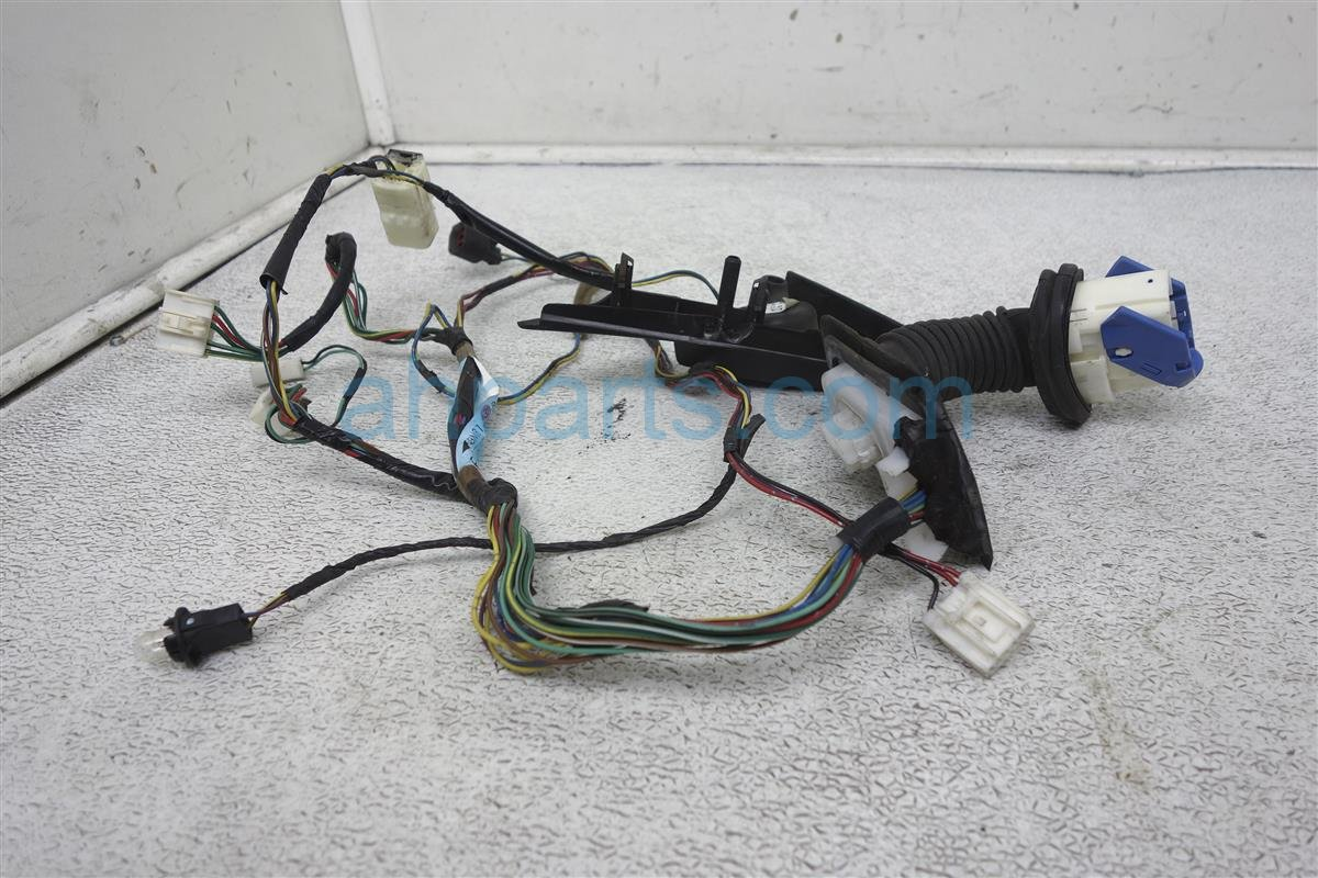 2004 Mazda Mazda 6 Passenger Door Wire Harness GK2E 67 200H Replacement