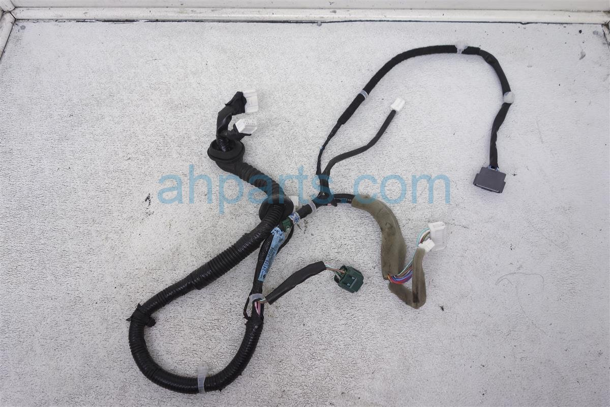 2014 Nissan Cube Front Driver Door Harness 24125 1FC0A Replacement
