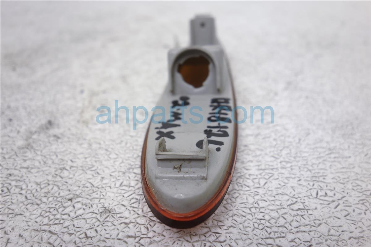 2002 Nissan Maxima Front Passenger Side Marker Light 26194 2Y900 Replacement