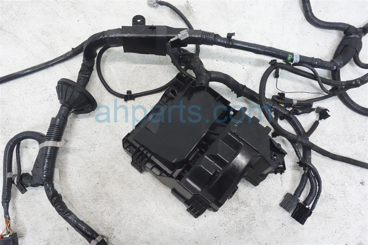 2015 Roguenew Engine Room Wire Harness 24012 1VX8B Replacement
