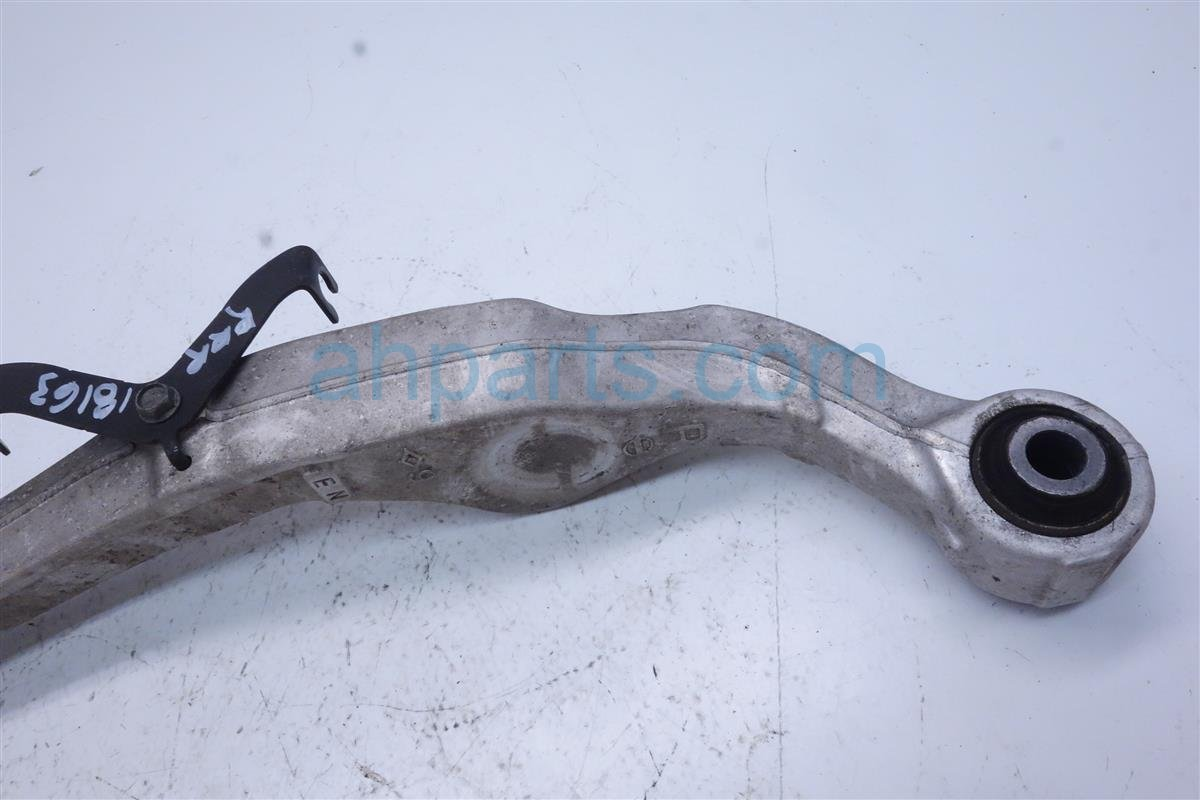 2015 Roguenew Rear Passenger Upper Control Arm 55120 JD00B Replacement